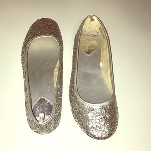 Silver Glitter Holiday Party Shoes sz 5 Flats